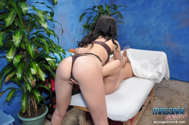 Nadia Nickels   Massage Girls 18